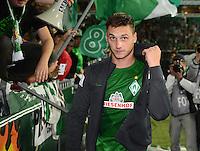 FUSSBALL   1. BUNDESLIGA    SAISON 2012/2013    8. Spieltag   SV Werder Bremen - Borussia Moenchengladbach  20.10.2012 In der Fankurve: Marko Arnautovic (SV Werder Bremen)