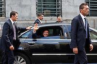 Milano: Silvio Berlusconi esce dal tribunale di Milano dopo l'udienza per il processo Mills