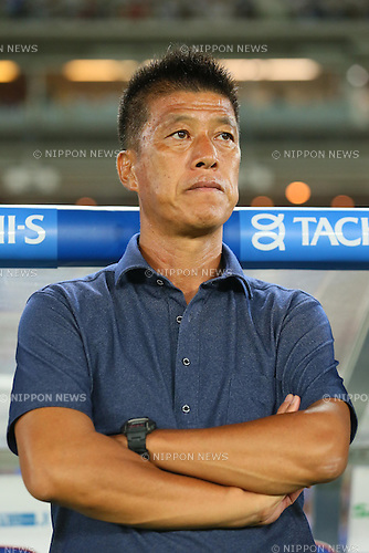 Yasuhiro Higuchi (F Marinos), SEPTEMBER 14, 2013 - Football / Soccer : <br /> 2013 J.LEAGUE Division 1, 25th Sec <br /> match between Yokohama F Marinos 1-1 Cerezo Osaka<br />  at Nissan Stadium in Kanagawa, Japan. (Photo by AFLO SPORT) [1156]