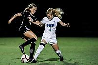 FORT MYERS, FL, 15.10.2018 – FGCU-WEBBER – Jogadora Ashle Brentlinger da FGCU (d), durante partida válida pela temporada 2018 da NCAA, no Estádio da FGCU Soccer Complex, na noite desta segunda-feira (15). (Foto: Jayson Braga / Brazil Photo Press)