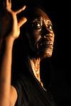 """GERMAINE<br /> Germaine Acogny dans """"Songook Yaakaar"""" de Germaine Acogny  et Pierre Doussaint<br /> Centre National de la Danse de Pantin le 12/10/2010"""