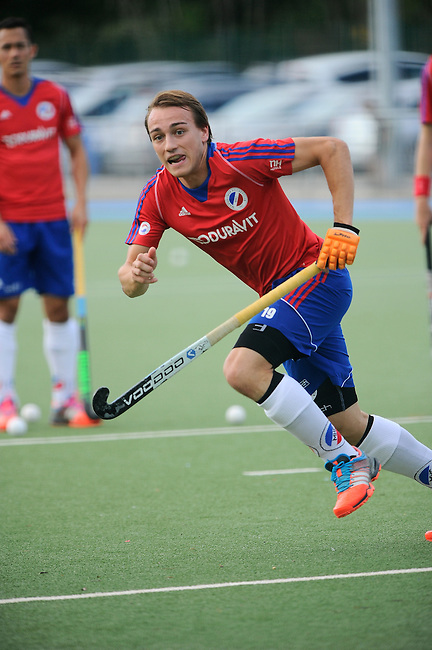 Mannheim, Germany, September 27: During the 1. Bundesliga Herren Saison 2014/15 field hockey match between Mannheimer HC and Nuernberger HTC on September 27, 2014  Mannheimer Hockey Club in Mannheim, Germany. Final score 2-1 (0-0). (Photo by Dirk Markgraf / www.265-images.com) *** Local caption *** Felix Schues #19 of Mannheimer HC