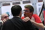 09.03.2019,  Lueneburg GER, VBL, SVG Lueneburg vs Berlin Recydling Volleys im Bild Trainer Cedric Enard (Berlin) redet nach dem Spiel mit Trainer Stefan Huebner (Hübner Lueneburg)  Foto © nordphoto / Witke