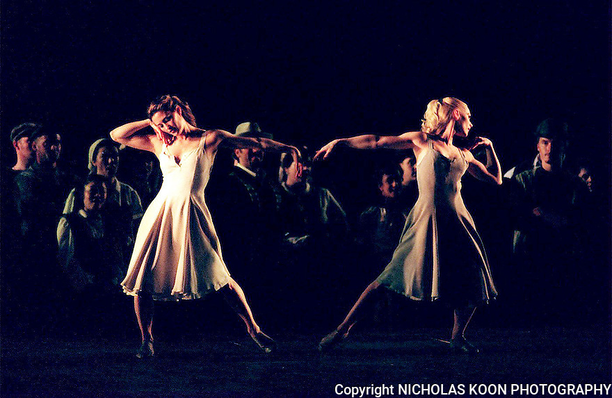 1999 - CARMINA BURANA - Carmina -  Ashley Roland (IN White) dances with Sara Anderson of the BODYVOX troup of dancers during Opera Pacifics performance of Carmina Burana.