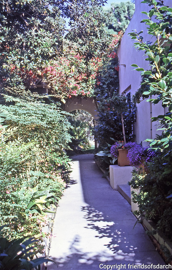 Lush walkway and entrance. Irving Gill, Architect. Photo Oct. 1999.