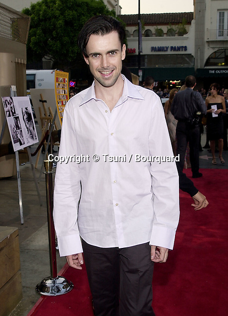 "Matt McGrath arriving at the movie 1ere of "" Anniversary Party""  at the Egyptian Theatre in Los Angeles  June 6, 2001   © Tsuni          -            McGrathMatt04.jpg"