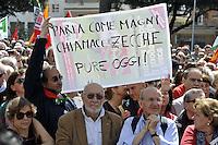 Roma, 25 aprile 2012.Corteo per la Liberazione dal nazifascismo.un cartello contro la Polverini