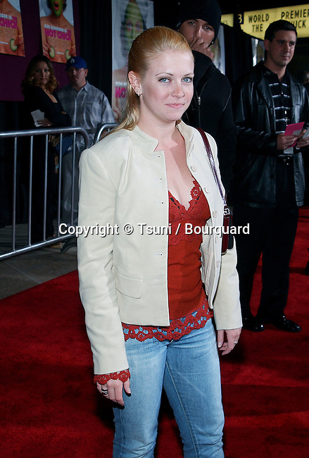 Melissa Joan Hart arriving at the Premiere of Hot Chick at the Century Plaza Theatre in Los Angeles. December 2, 2002.             -            HartMelissaJoan226.jpg