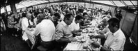 Europe/France/Alsace/67/Bas-Rhin/ Krautergersheim: Lors de la Fête de la Choucroute le repas sous le chapiteau
