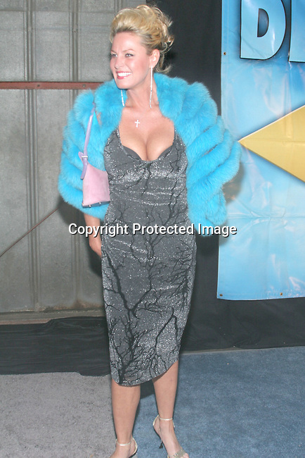 Carolyn Sapp<br />Sean &ldquo;P. Diddy&rdquo; Combs and Jessica Lange Named &ldquo;Man and Woman of Style&rdquo; for Divine Design 2004 <br />Barker Hangar at Santa Monica Air Center<br />Santa Monica, CA, USA<br />Thursday, December 2nd, 2004<br />Photo By Celebrityvibe.com/Photovibe.com, <br />New York, USA, Phone 212 410 5354, <br />email: sales@celebrityvibe.com
