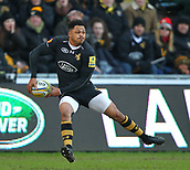 January 7th 2018, Ricoh Arena, Coventry, England;  Aviva Premiership rugby, Wasps versus Saracens; Juan De Jongh  passes the ball to team-mates during the Aviva Premiership (Round 13) match between Wasps and Saracens rfc at the Ricoh Stadium
