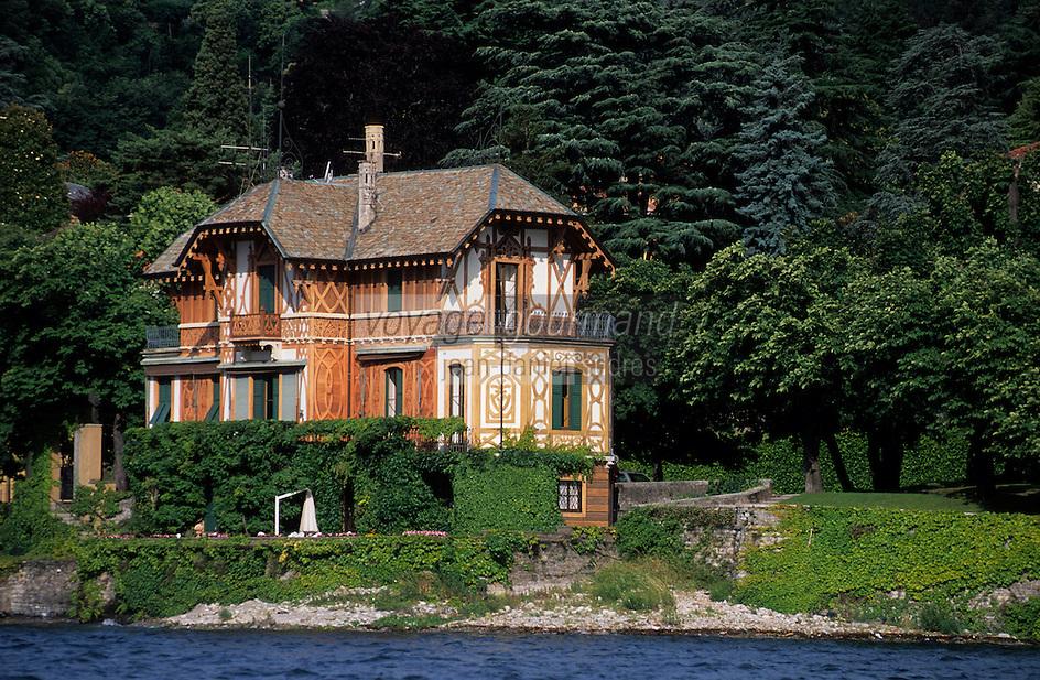 Europe/Italie/Lac de Come/Lombardie/Cernobbio : Villa d'Este (XVI°) - Pavillon à l'entrée du parc