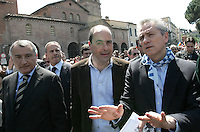 Da sinistra, il presidente della Regione Lazio Piero Marrazzo, il candidato presidente della Provincia di Roma Nicola Zingaretti ed il candidato sindaco di Roma Francesco Rutelli alla manifestazione per il sessantatreesimo anniversario della Liberazione dal nazifascismo, a Roma, 25 aprile 2008..From left, president of region Lazio Piero Marrazzo, candidate president of Rome's Province Nicola Zingaretti and candidate Rome Mayor Francesco Rutelli take part in a demonstration for the 63rd anniversary of Italy's Liberation from nazifascism, in Rome, 25 april 2008..UPDATE IMAGES PRESS/Riccardo De Luca