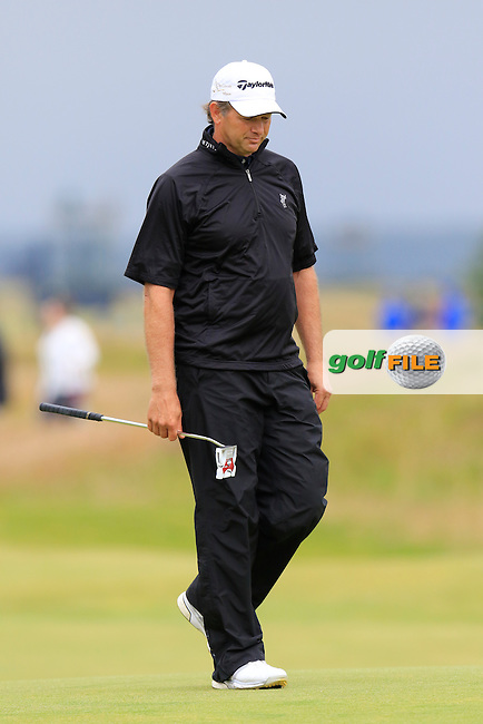 Retief Goosen (RSA) at the 17th green during Monday's Final Round of the 144th Open Championship, St Andrews Old Course, St Andrews, Fife, Scotland. 20/07/2015.<br /> Picture Eoin Clarke, www.golffile.ie