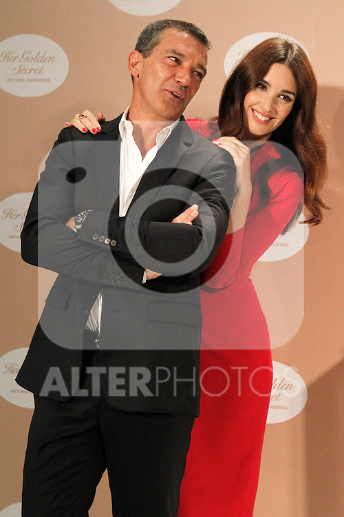 Spanish actors Paz Vega (r) and Antonio Banderas attend the presentation of the perfume 'Her Golden Secret'. September 10, 2013. (ALTERPHOTOS/Acero)