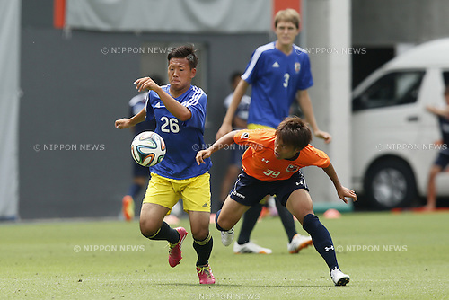 (L-R)<br /> Yosuke Ideguchi,<br /> Jin Izumisawa (Ardija),<br /> JULY 1, 2014 - Football / Soccer : <br /> Training match between U-19 Japan 1-2 Omiya Ardija<br /> at NACK5 Stadium Omiya, Saitama, Japan. <br /> (Photo by SHINGO ITO/AFLO SPORT)