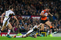 Picture by Alex Whitehead/SWpix.com - 07/10/2017 - Rugby League - Betfred Super League Grand Final - Castleford Tigers v Leeds Rhinos - Old Trafford, Manchester, England - Castleford's Mike McMeeken is tackled by Leeds' Brad Singleton.