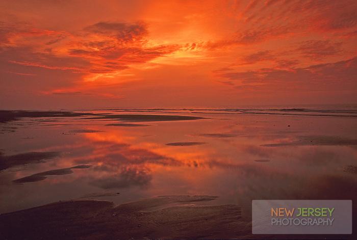 Sunrise, Atlantic Ocean, Avalon beach, New Jersey