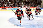 ***BETALBILD***  <br /> Stockholm 2015-09-19 Ishockey SHL Djurg&aring;rdens IF - Skellefte&aring; AIK :  <br /> Djurg&aring;rdens Linus Hultstr&ouml;m firar sitt 2-1 m&aring;l med lagkamrater under matchen mellan Djurg&aring;rdens IF och Skellefte&aring; AIK <br /> (Foto: Kenta J&ouml;nsson) Nyckelord:  Ishockey Hockey SHL Hovet Johanneshovs Isstadion Djurg&aring;rden DIF Skellefte&aring; SAIK jubel gl&auml;dje lycka glad happy