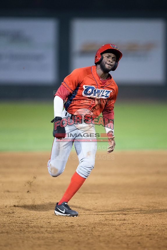 Torii Hunter Jr. (2) of the Orem Owlz hustles towards third base against the Helena Brewers at Kindrick Legion Field on August 17, 2017 in Helena, Montana.  The Owlz defeated the Brewers 5-2.  (Brian Westerholt/Four Seam Images)