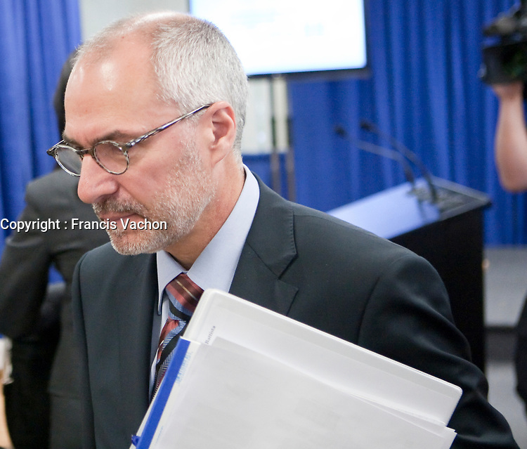 Giuseppe Battista at the Inquiry Commission into the appointment process for judges, more well know as the Commission Bastarche, September 15, 2010 in Quebec City.<br /> <br /> PHOTO :  Francis Vachon - Agence Quebec Presse