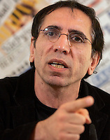 Il regista iraniano Mohsen Makhmalbaf tiene una conferenza stampa sulle recenti elezioni iraniane alla sede dell'Associazione della Stampa Estera in Italia, a Roma, 23 giugno 2009..Iranian movie director Mohsen Makhmalbaf gestures as he speaks during a press conference on the recent elections in his home country, at the Foreign Press Association in Rome, 23 june 2009..UPDATE IMAGES PRESS/Riccardo De Luca