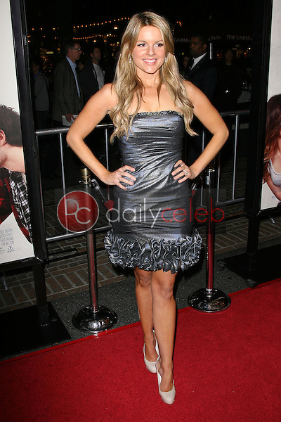 Ali Fedotowsky<br />