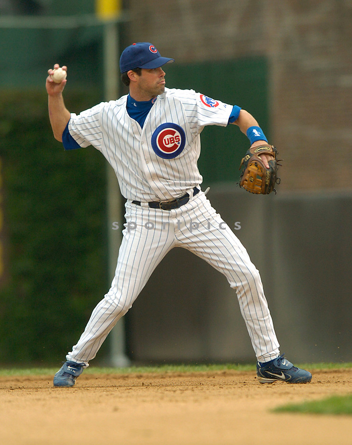 Mark Grudzielanek during a Chicago Cubs game 2004...David Durochik / SportPics