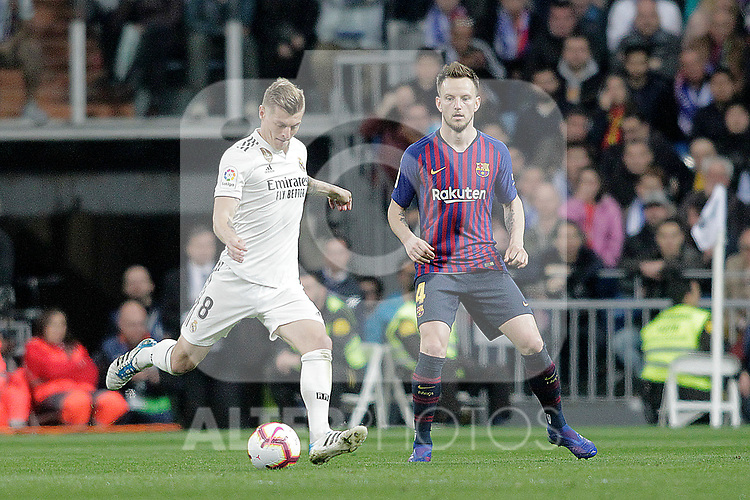 Real Madrid CF's Toni Kroos and FC Barcelona's Ivan Rakitic during La Liga match. March 02,2019. (ALTERPHOTOS/Alconada)