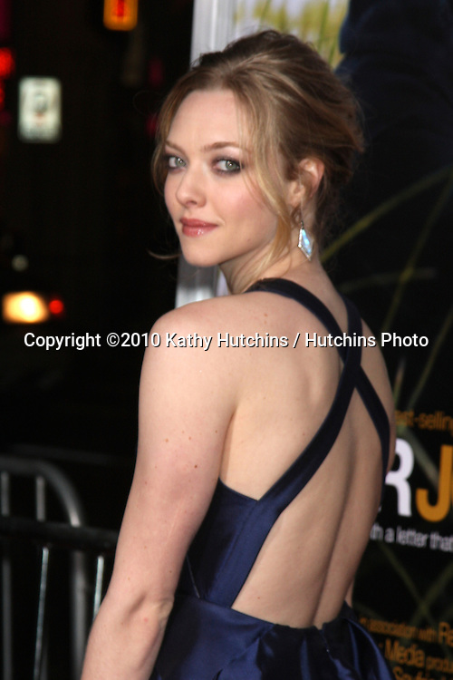 "Amanda Seyfried .arriving at the ""Dear John"" Premiere.Grauman's Chinese Theater.Los Angeles, CA.February 1, 2010.©2010 Kathy Hutchins / Hutchins Photo...."