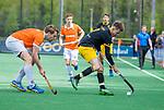 BLOEMENDAAL - Jelle Galema (Den Bosch) met links Mats de Groot (Bldaal)   tijdens de hoofdklasse competitiewedstrijd hockey heren,  Bloemendaal-Den Bosch (2-1) COPYRIGHT KOEN SUYK
