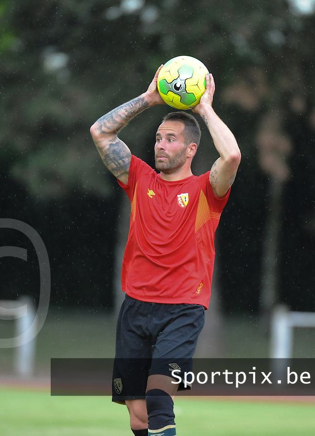 20160713 - DOUAI , FRANCE : RC Lens'  Anthony Scaramozzino pictured during a friendly game between Racing Club de LENS and Waasland Beveren during the preparations for the 2016-2017 season , Wednesday 13 July 2016 ,  PHOTO Dirk Vuylsteke   Sportpix.Be