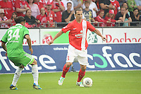 Zdenek Pospech (Mainz) gegen Ricardo Rodriguez (VfL)- 1. FSV Mainz 05 vs. VfL Wolfsburg, Coface Arena, 3. Spieltag