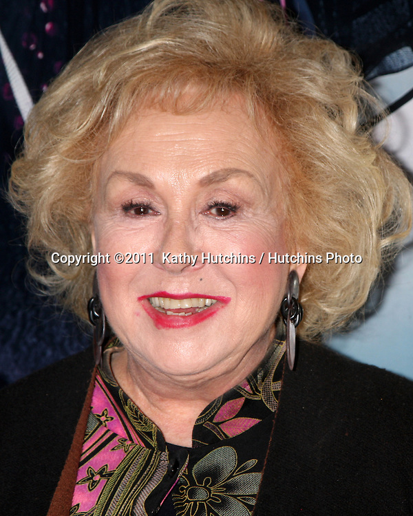 "LOS ANGELES - FEB 17:  Doris Roberts arrives at the Opening of ""Ethel Merman's Broadway"" at El Portal Theater on February 17, 2011 in No. Hollywood, CA"