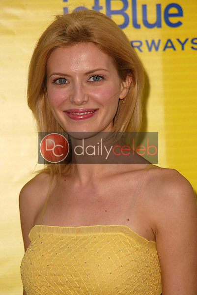 """Suzanna Urszuly<br /> at the launch of Jet Blue out of Burbank and 25th anniversary screening of """"Airplane"""" at Warner Bros. Studios, Burbank, CA 06-13-05<br /> David Edwards/DailyCeleb.Com 818-249-4998"""