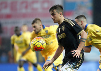Calcio, Serie A: Frosinone vs Juventus. Frosinone, stadio Comunale, 7 febbraio 2016.<br /> Juventus&rsquo; Paulo Dybala in action during the Italian Serie A football match between Frosinone and Juventus at Frosinone's Comunale stadium, 7 January 2016.<br /> UPDATE IMAGES PRESS/Isabella Bonotto