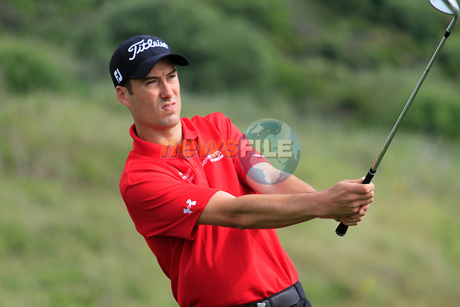 Ross Fisher (ENG) in action on the practice range during Day 1 of the Volvo World Match Play Championship in Finca Cortesin, Casares, Spain, 19th May 2011. (Photo Eoin Clarke/Golffile 2011)