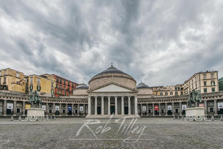 Europe, Italy, Naples, Piazza del Plebiscito