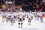 S&ouml;dert&auml;lje 2015-01-06 Ishockey Hockeyallsvenskan S&ouml;dert&auml;lje SK - Malm&ouml; Redhawks :  <br />  Malm&ouml; Redhawks spelare p&aring; v&auml;g att &aring;ka av isen efter matchen mot S&ouml;dert&auml;lje SK<br /> (Foto: Kenta J&ouml;nsson) Nyckelord: