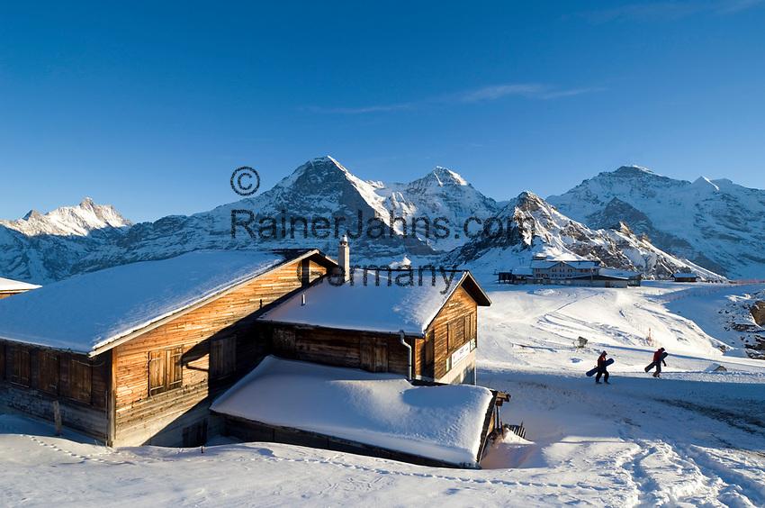 CHE, Schweiz, Kanton Bern, Berner Oberland, Grindelwald: Maennlichen Bergstation mit Schreckhorn (4.078 m), Eiger (3.970 m), Moench (4.107 m), Tschuggen (2.520 m), Lauberhorn (2.473 m) und Jungfrau (4.158 m)   CHE, Switzerland, Canton Bern, Bernese Oberland, Grindelwald: Maennlichen top station with Schreckhorn (4.078 m), Eiger (3.970 m), Moench (4.107 m), Tschuggen (2.520 m), Lauberhorn (2.473 m) + Jungfrau (4.158 m) mountains