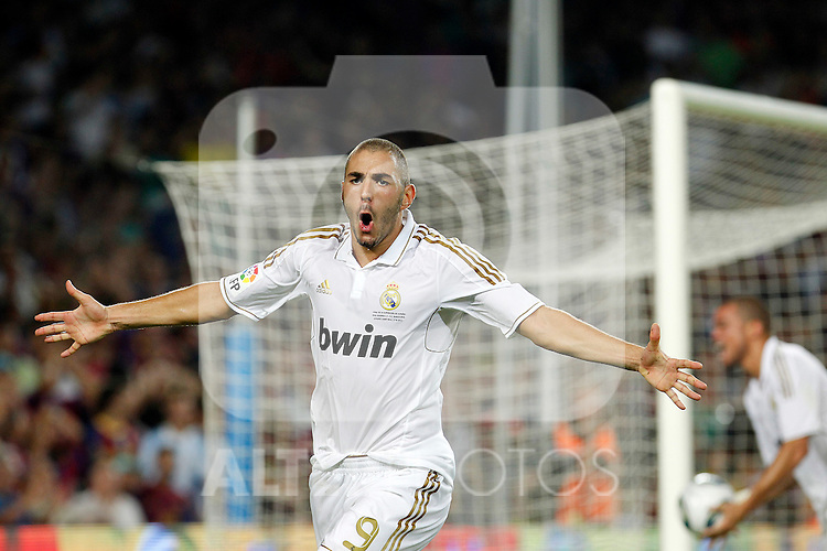 Real Madrid's Karim Benzema celebrate goal during Spanish Supercup 2nd match.August 17,2011. (ALTERPHOTOS/Acero)