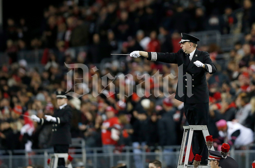 during the first quarter of the NCAA football game between the Ohio State Buckeyes and the Penn State Nittany Lions at Ohio Stadium on Saturday, October 17, 2015. (Columbus Dispatch photo by Jonathan Quilter)