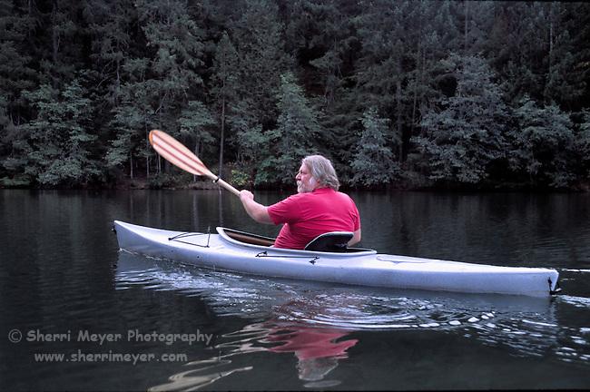 Man sea kayaking on Deer Creek Reservoir
