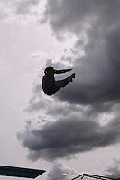 MEDELLIN -COLOMBIA, 08-06-2013. La brasilera Tamires Tabares en uno de sus intentos en el trampolín de 3 metros durante el XXIV Campeonato Sudamericanos de Clavados en Medellín./ Brasilian diver Tamires Tabares in an attempt at the 3m springboard during the XXIV South American championship diving in Medellin. Photo: VizzorImage/Luis Rios/STR