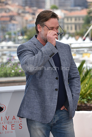 Russell Crowe at 'The Nice Guys' photocall during the 63rd International Cannes Film Festival, France<br /> May 2010<br /> CAP/PL<br /> &copy;Phil Loftus/Capital Pictures /MediaPunch ***NORTH AND SOUTH AMERICA ONLY***