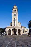 Tres Pontas_MG, Brasil..igreja matriz de Tres Pontas, Minas Gerais..Church in Tres Pontas, Minas Gerais..Foto: MARCUS DESIMONI / NITRO