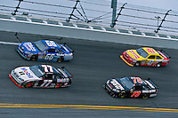 7-15 February  2009, Daytona Beach, Florida USA.Sam Hornish,Jr. (#77) leads a group during the Daytona 500..©F.Peirce Williams 2009.LAT Photographic