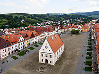 gotisches Altes Rathaus auf dem Marktplatz, Bardejov, Presovsky kraj, Slowakei, Europa, UNESCO-Weltkulturerbe<br /> Marketplace with gothic Old townhall, Bardejov, Presovsky kraj, Slovakia, Europe, UNESCO-world heritage