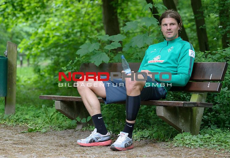 18.05.2015, B&uuml;rgerpark, Bremen, GER, 1.FBL, Training Werder Bremen, im Bild Sebastian Pr&ouml;dl / Proedl (Bremen #15)<br /> <br /> Foto &copy; nordphoto / Frisch