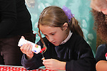 Children from Deri View Primary School in Abergavenny making Christmas decorations at Welsh Water Education Centre in Cilfynydd..29.11.11.©Steve Pope